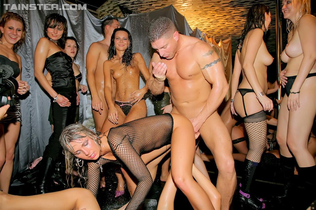 Торрент оргия в женском клубе