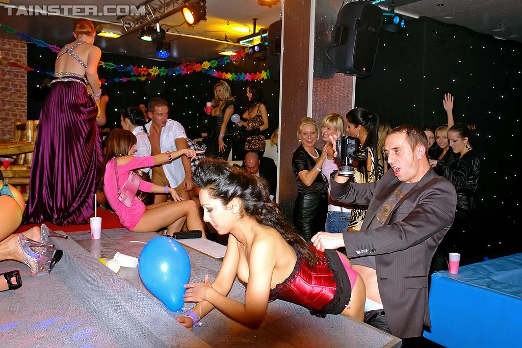 Секс развлечения в клубах видео