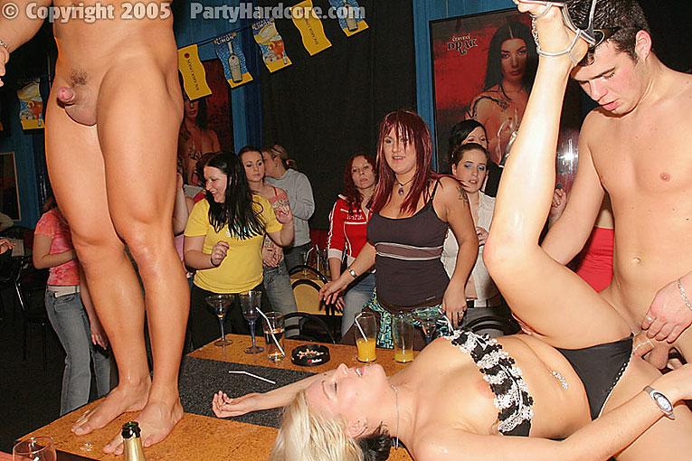 Прно вечеринки в клубе