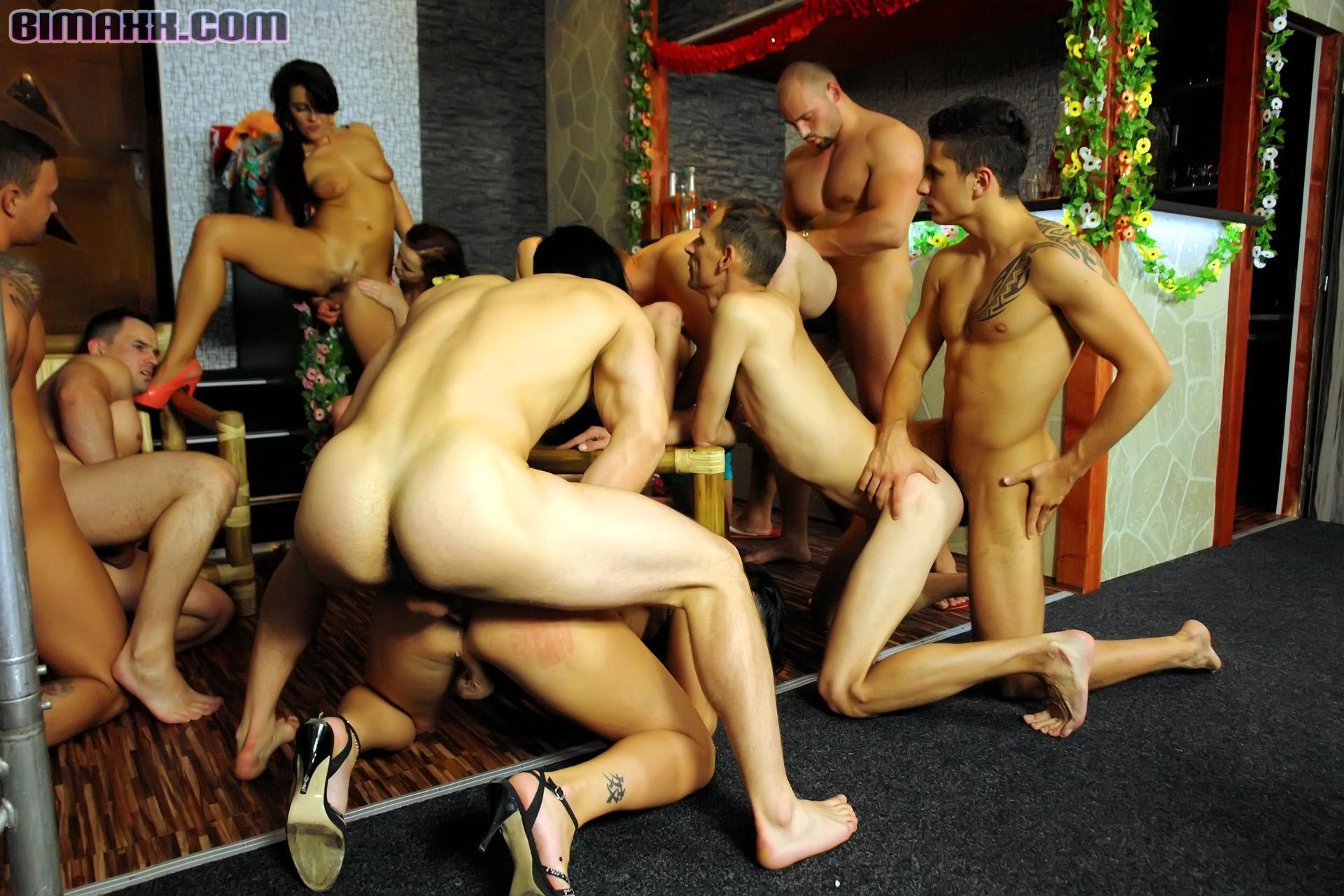 biseksuali-gruppa