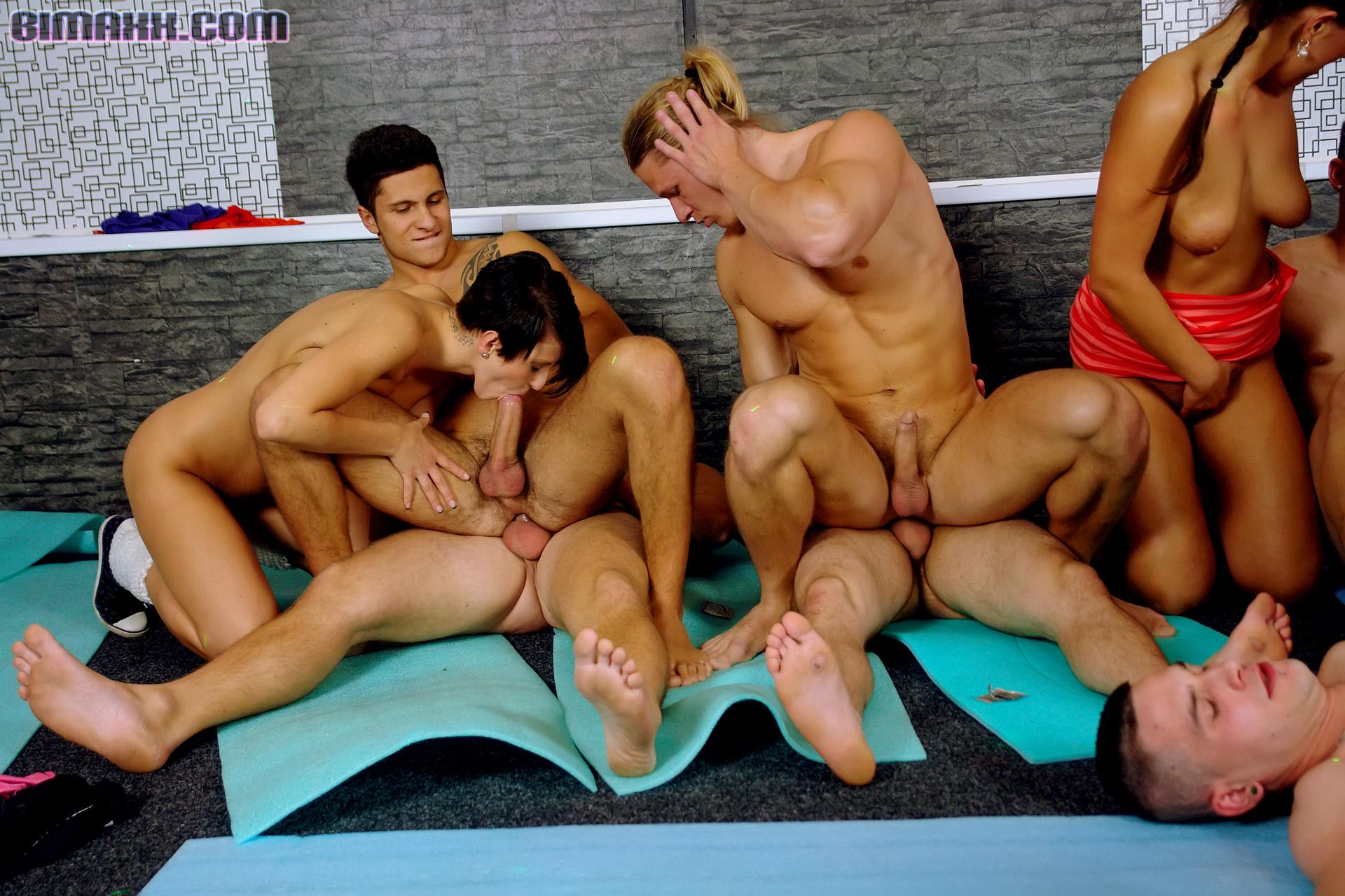 Фото галерея бисексуал, Классное порно фото бисексуалов 6 фотография