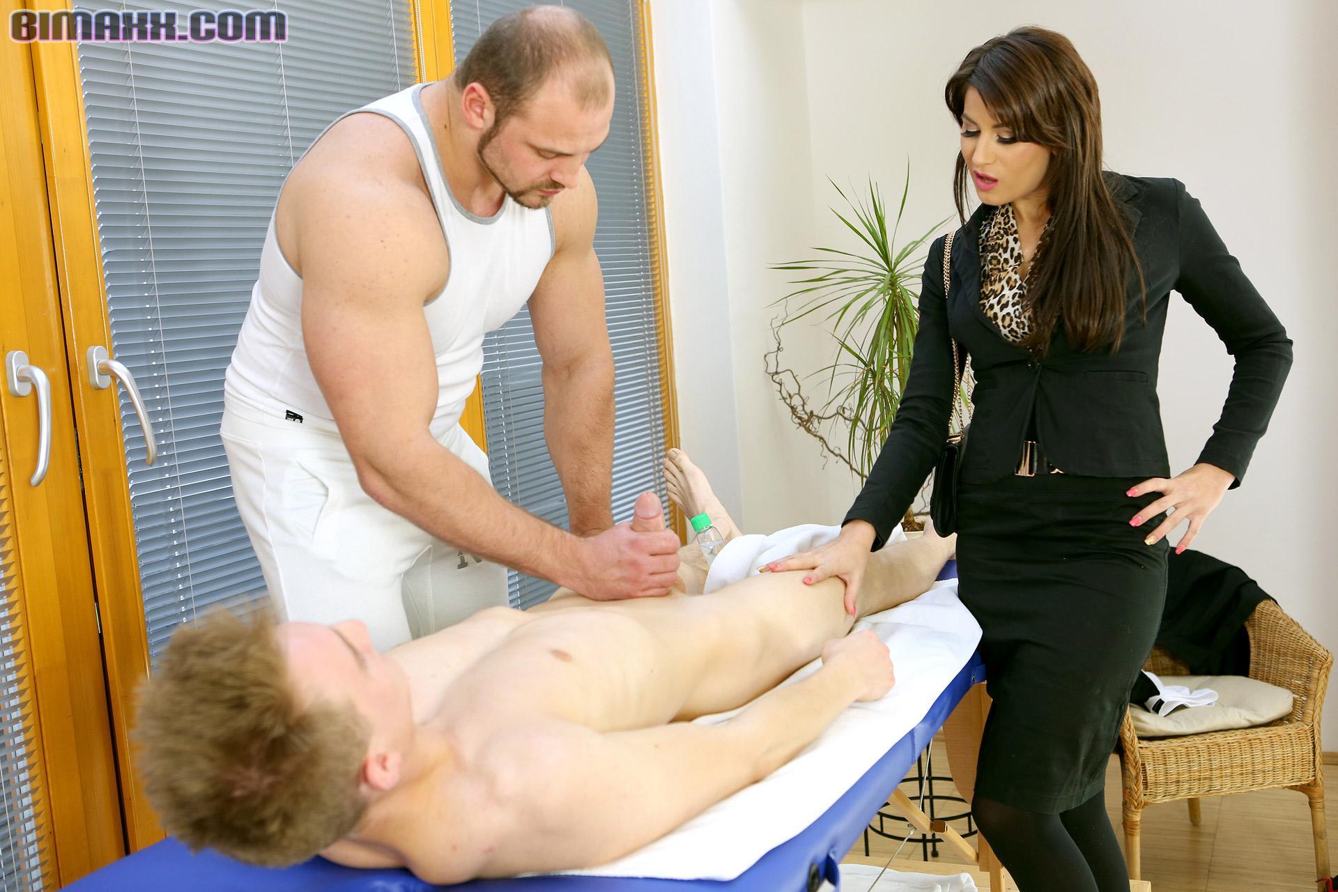Поискать ссылку порно массаж бисексуалов это